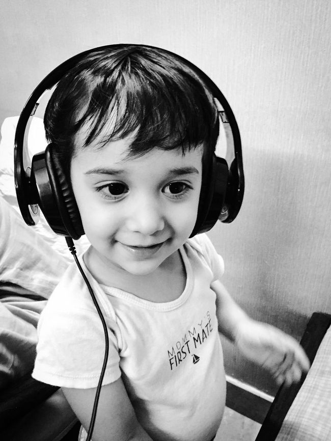 Youth Of Today Musiclover Dj Headphones On❤ Moderndaykids Generation Technology EyeEm EyeEm Gallery EyeEm Best Shots