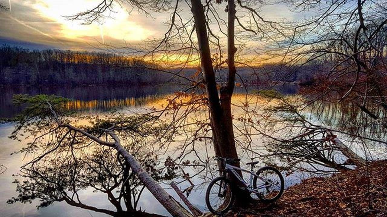 Tonight's Heavenly ride :) Wanderlust Bike Trek Bikelife MTB Mountainbike Biking Mtblife Optoutside Outdoorwomen Colorful AdventureThatIsLife Picoftheday Instagood Photooftheday Trails Skylovers Skypainters Exploreva Amazingcaptures Outdoorlife