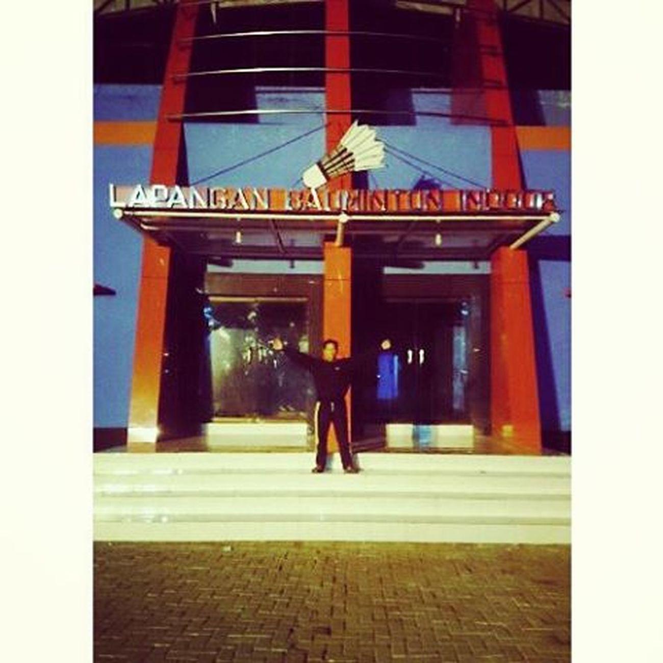 Lapangan Nasional Badminton Indoor Sampang