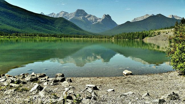 Hanging Out Check This Out Enjoying Life Hi! Hello World Canadian Rockies  Eyemphotography Mountains And Sky EyeEm Nature Lover Nature Photography Water Reflections Travel