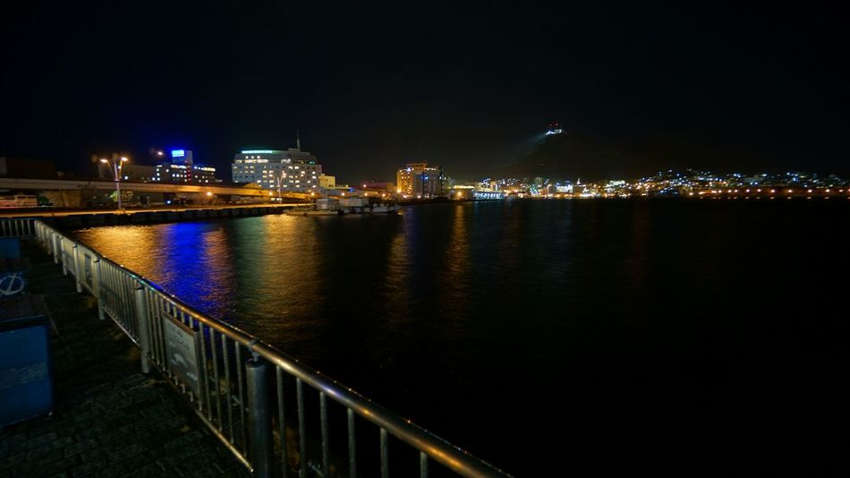 下夜景 Water Reflections