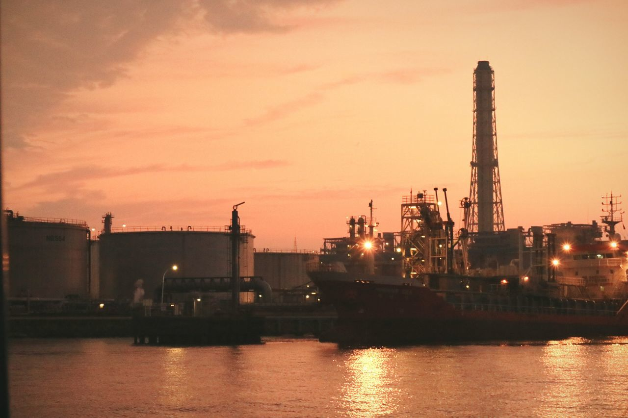 Factory Ship Factory Zone Sunset Sunsets Sea Bay Orange Sky Japan Tokyobay Eveningglow