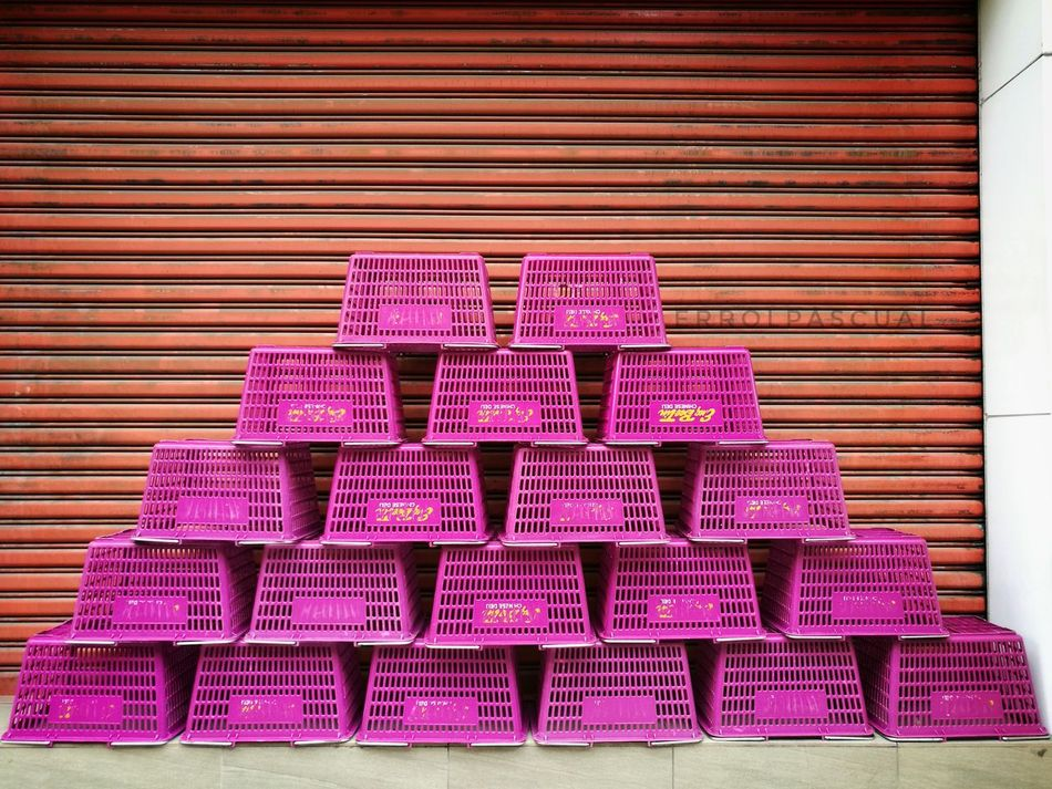 work. play. Pink Color Pattern Architecture Lines And Shapes Lineart Adults Only First Eyeem Photo City Street Lines And Design Lines&Design Photooftheday Lines Eyeem Philippines EyeEm Best Shots EyeEmBestPics EyeEmNewHere Outdoors Cityscape Millennial Pink Modern Streetphotography Street Street Art Streetart Street Life