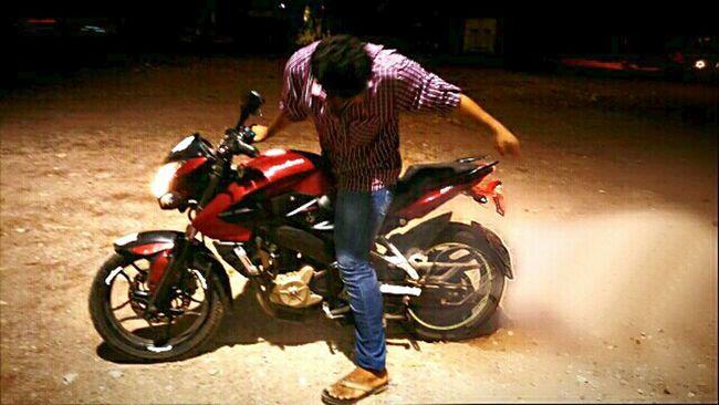 YeaH_niGga Ridebikeordie BUrninG_oUt Pulsar200ns