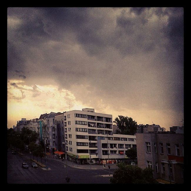 Hot city waiting for the rain.....