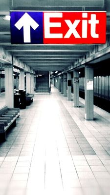 subway by filthyphill