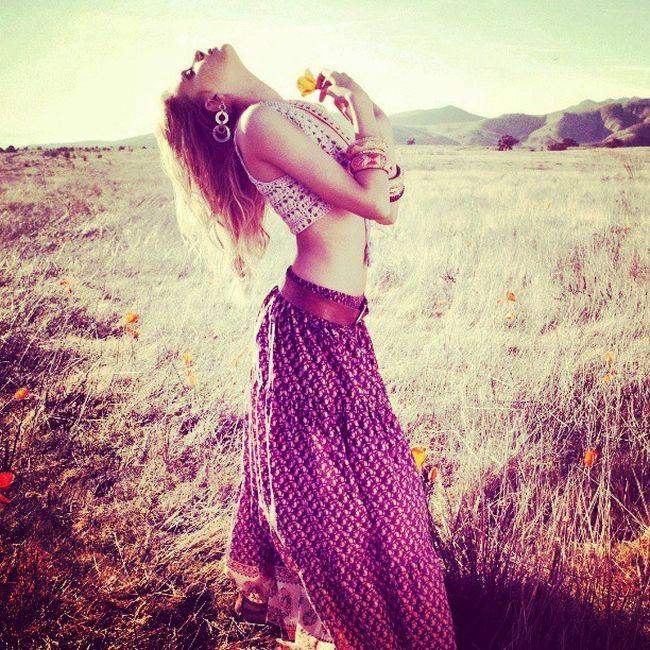 Women Robe Hastagforlike Like follow modéle nature simplebackground