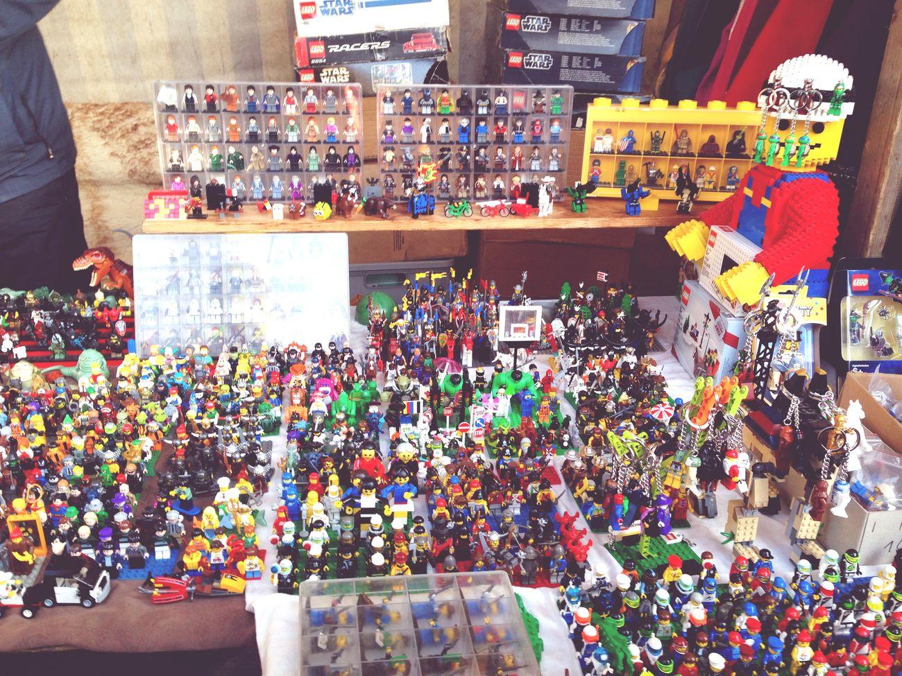 LEGO World Berlin Mauerpark Chose Cheap