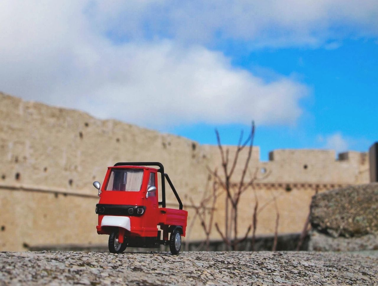 Transportation Focus On Foreground Arid Climate Nature No People Outdoors Sky Day En Route Miniatures Close-up Carry Carry On Deliver Delivery Truck Toy Lieblingsteil
