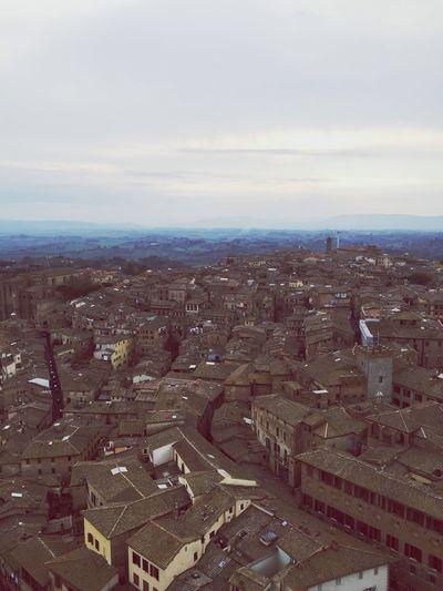 Cityscape Under The Tuscan Sun Taking Photos