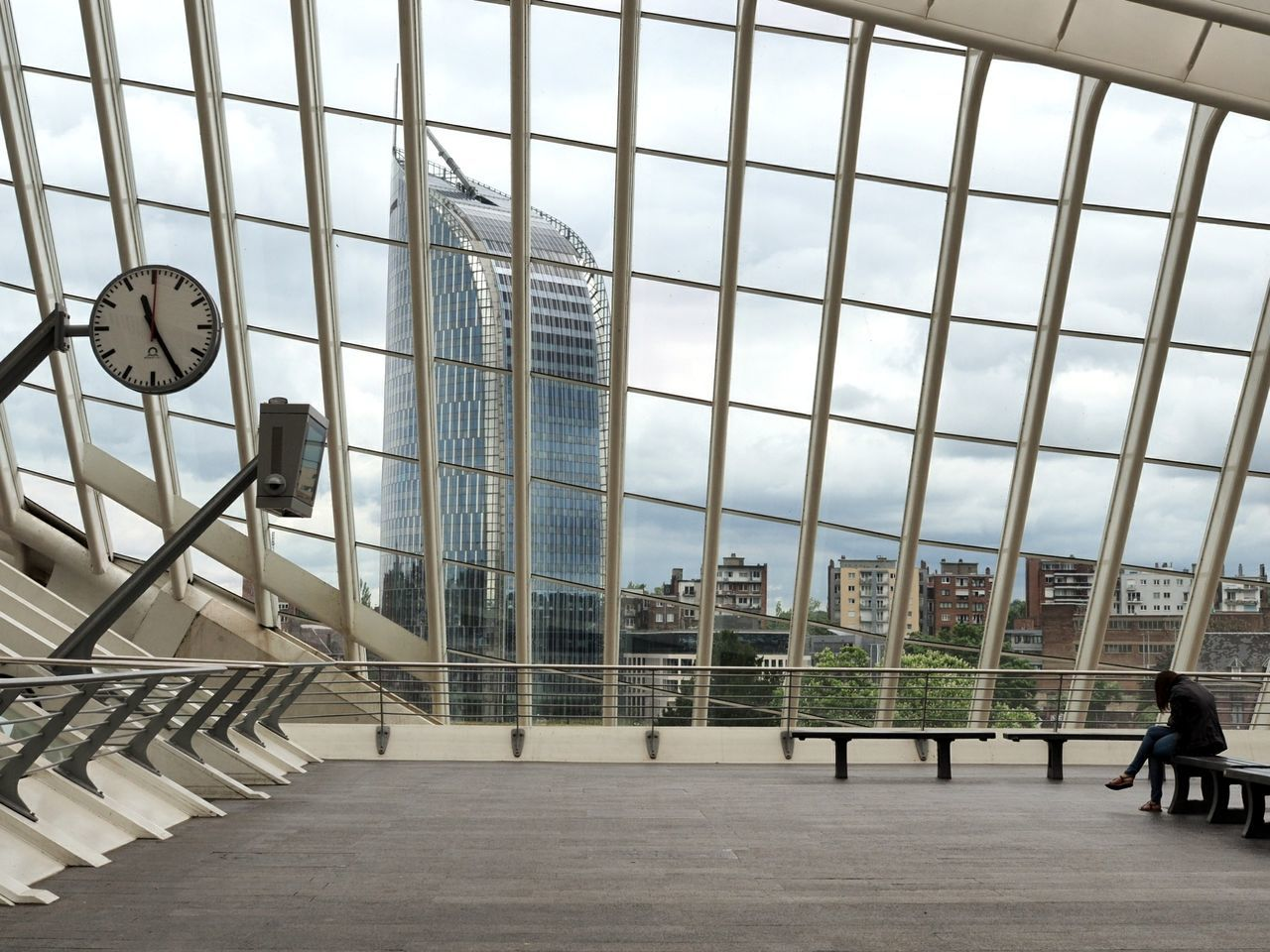 Abwarten Architecture Indoors  Modern Business Day City Sky Let's Go. Together. Europe Indoor Photography Inside Photography Lifestyles Rear View Miles Away Streetphotography Streetphoto_color Liège-guillemins Liège Gare Du Tgv Belgium EyeEm Selects
