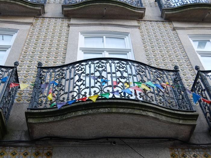 Architecture Balcony Decoration Multi Colored No People Window Streetphotography_fujifilm