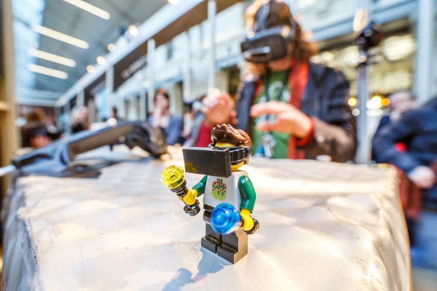 Realité Virtuelle Virtual RealityFocus On Foreground Virtual Reality Simulator LEGO City No People Outdoors Day Legophotography Vr