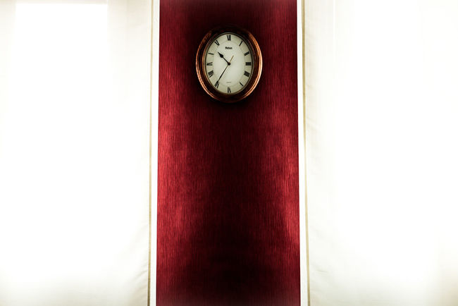 ~ 👀🕗~ The Color Of Technology Red Minimalism Clock Time Illuminated White Color Light And Shadow No People Symmetry Communication Man Made Object Close-up Straight Lines High Section Wallpaper Minimalobsession Colors Waiting Home Interior Home Geometric Shapes Getting Inspired Day Patterns & Textures
