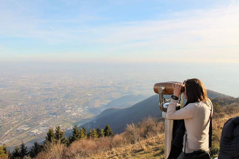 Panorama dal Monte Caina 🏔 Travel Tourist Outdoors Binoculars Nature Monte Montagna Veneto Italy Panorama Visuale Guardare Ragazzaitaliana