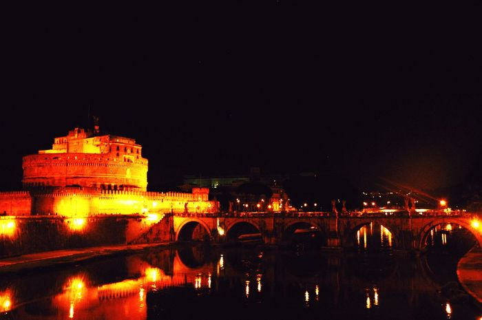 Rome Castle Bridge Sant'angelo Italy Roma Taking Photos Traveling Travel Photography Check This Out