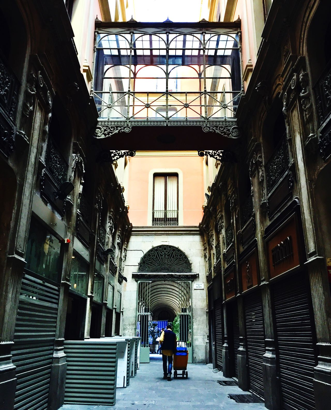 Architecture City Built Structure Barcelona Streetphotography Street Photography Cityscape Old Town Day Outdoors Adult People Adults Only