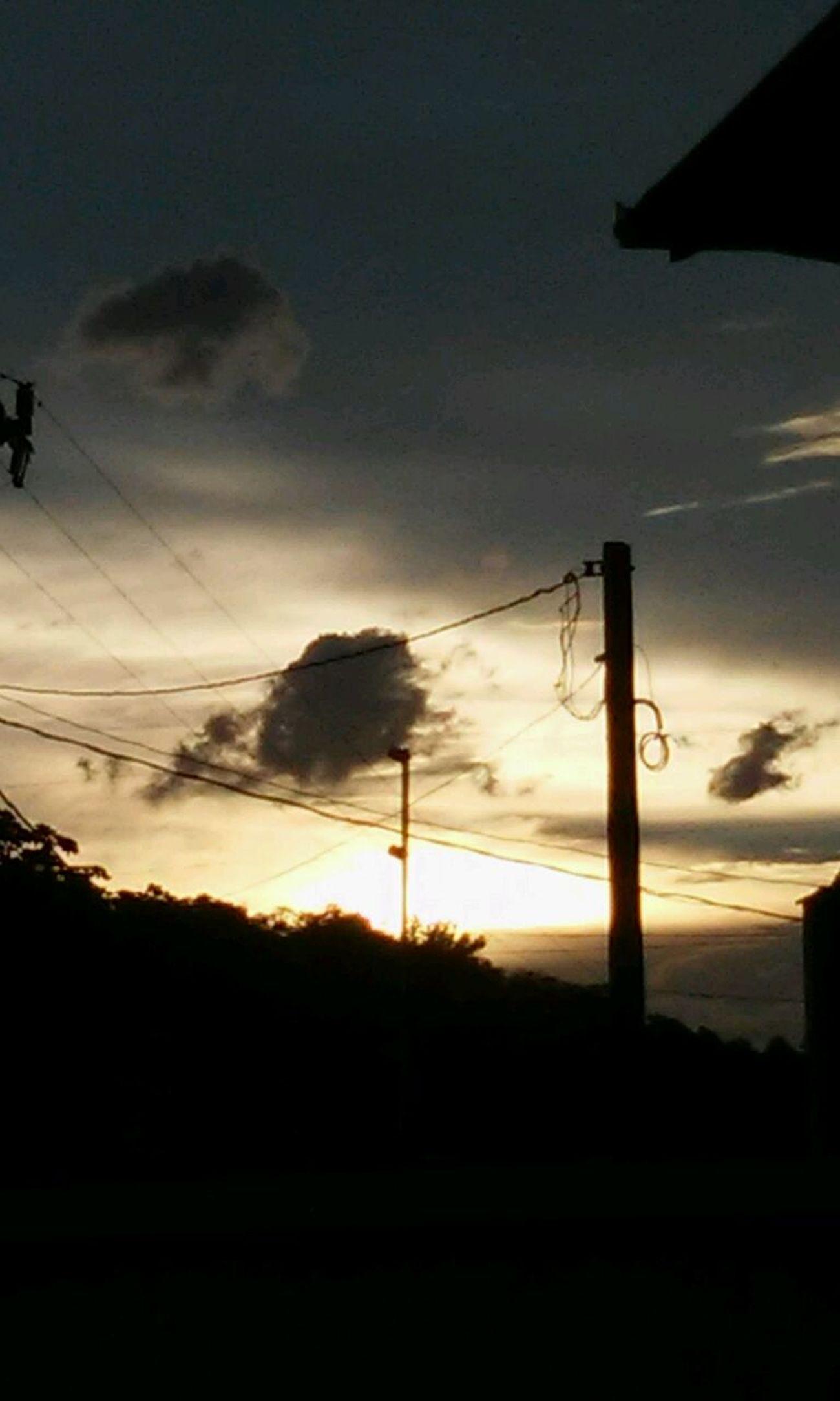 Deus No Controle Sempre Fim De Tarde !!! Luz Do Sol Nature Outdoors Silhouette Sky Sunset