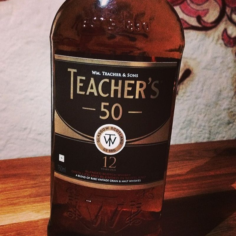 Nr. 3: Teacher's 50, 12 Jahre aus Indien... #whiskySBH #tasteup Tasteup Whiskysbh 12years Blended 12jahre Whisky Blendedwhisky Glasgow  Teachers50 India Scotch Goindia Malt Maltwhisky Teachers Whiskyporn Immendingen Brennerhof Tuttlingen Indien