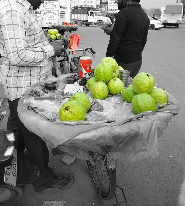 Now thats called a guava😱😆 The Week On EyeEm Mix Yourself A Good Time Freshness Nature Green Color Colorsplash Adult One Person Fruit People Adults Only Food For Sale Retail  Occupation Business Finance And Industry Healthy Eating Only Women Freshness Guavas Market Real People Women Outdoors Day EyeEmNewHere