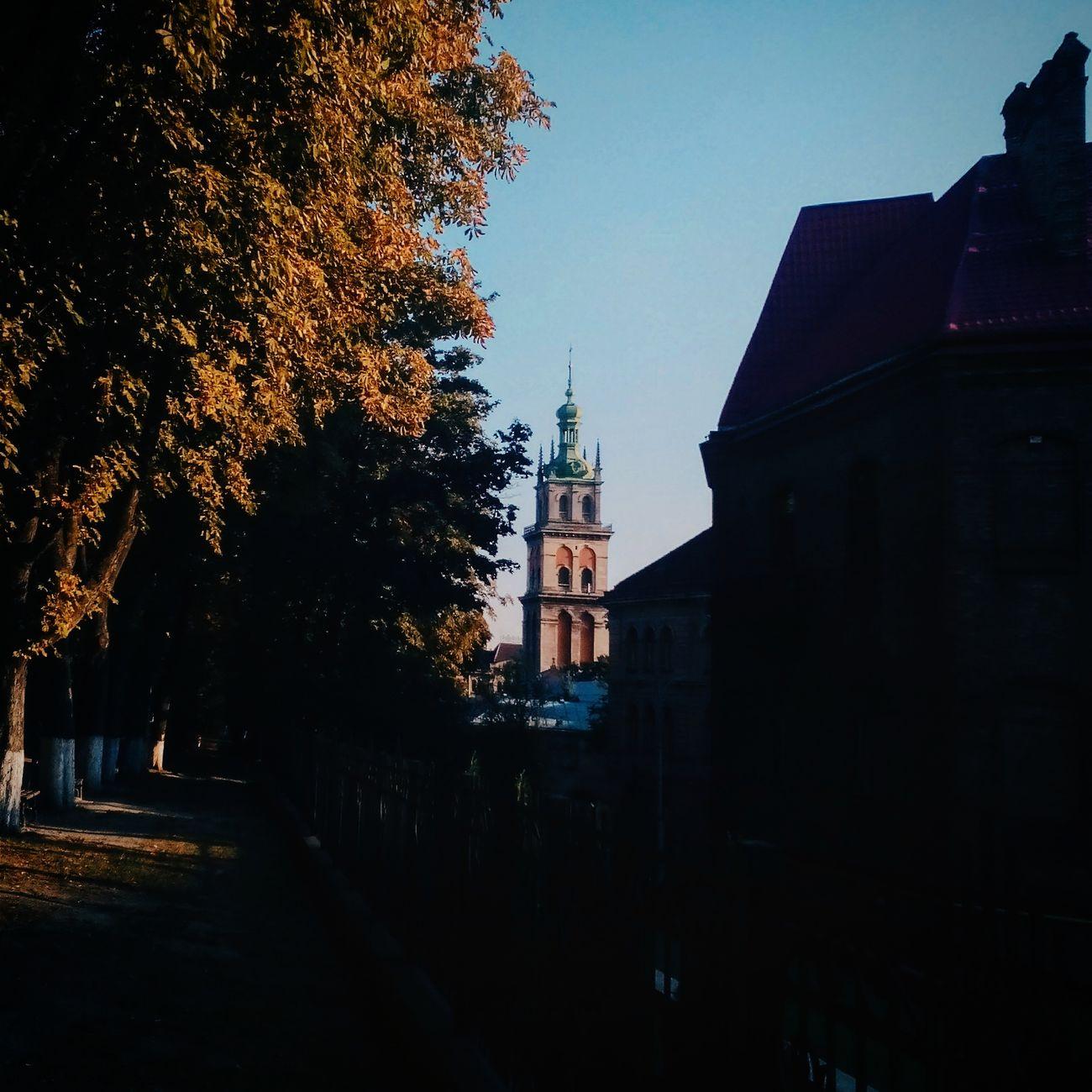 Lvivgram Lviv, Ukraine Lvivforyou Lviv1256 Lvivgo Autumn🍁🍁🍁 Autumn Autumn Melancholy Citycenter Vscogram Vscoua Vscogood VSCO Architecture First Eyeem Photo