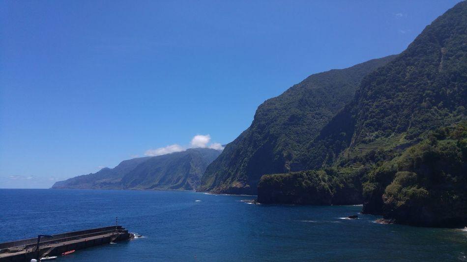 Paradise Nature Naturelovers Bestplace Bestview Ocean Mountains Greenmountain Blue Madeira Madeiraisland Madeiradigital LGG4 Lgg4photography My Favorite Place