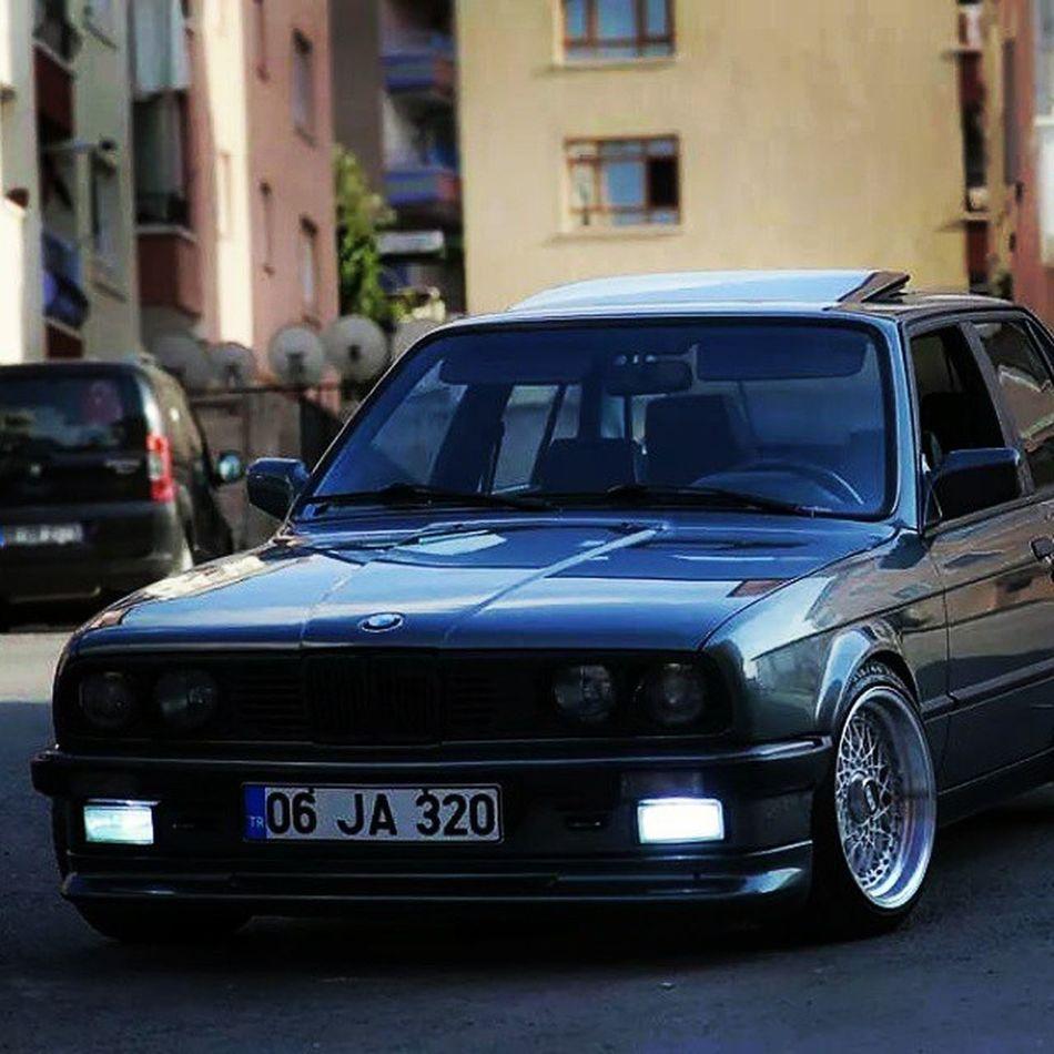 Bmw E30  Ja320