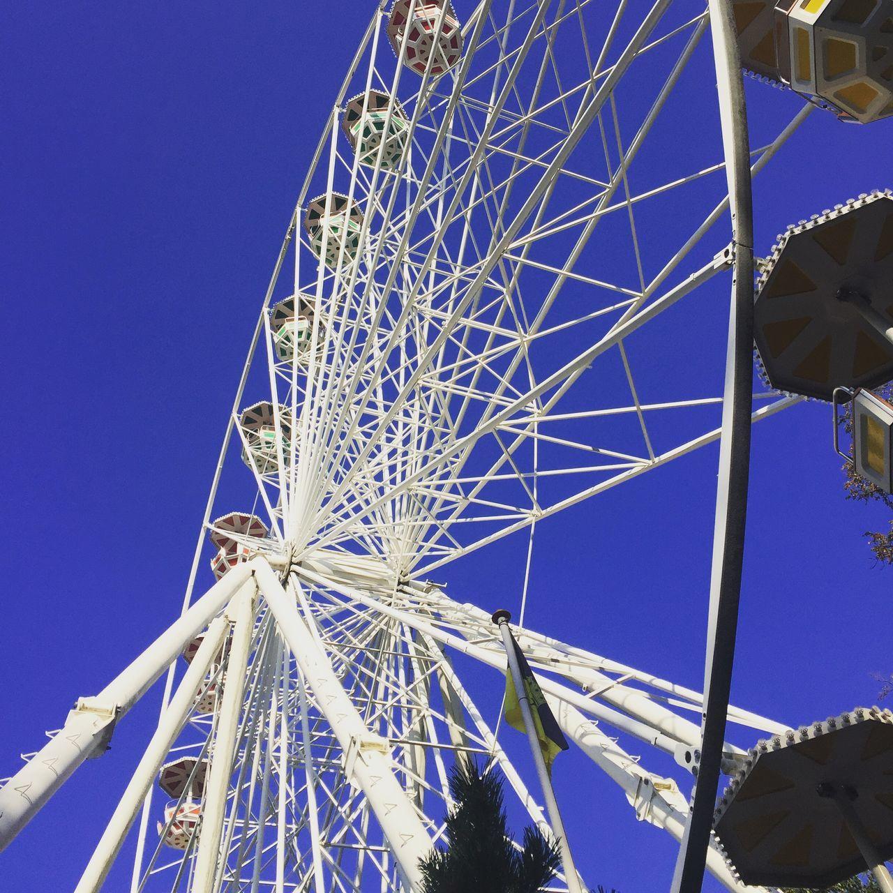Amusement Park Big Wheel Blau Blue Ferris Wheel Himmel Riesenrad Sky Vergnügungspark