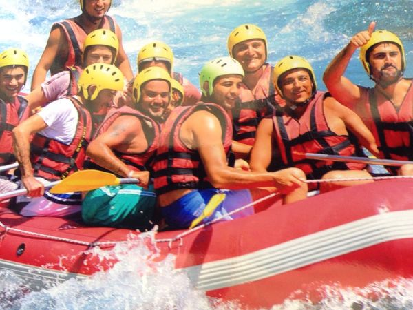 Rafting Swimming Relaxing Holiday Nice Atmosphere