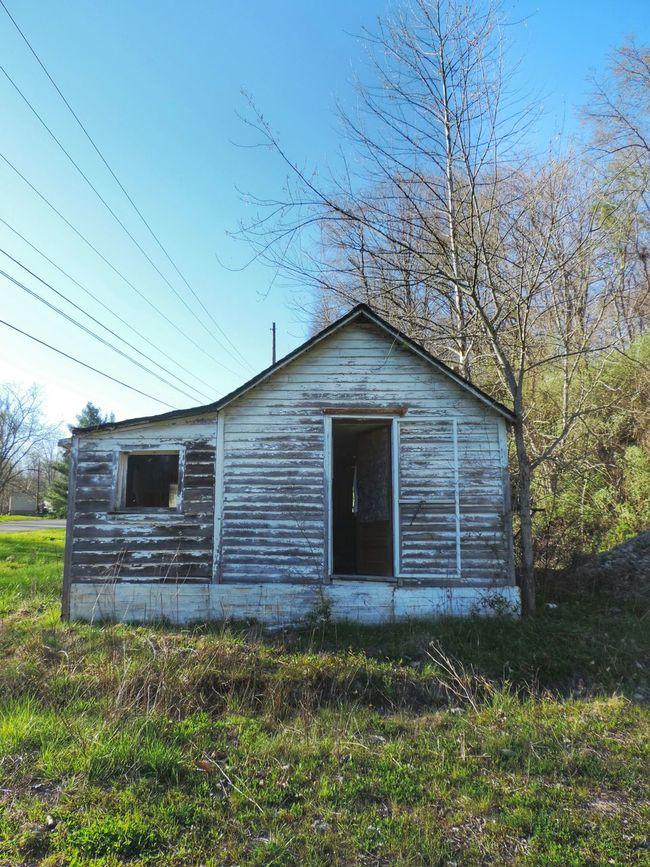 Ohio Rural Rurex Rural Exploration Abandoned Abandoned Places Abandoned Buildings Abandoned House Outdoor Photography Outdoors Blue Sky Scenics