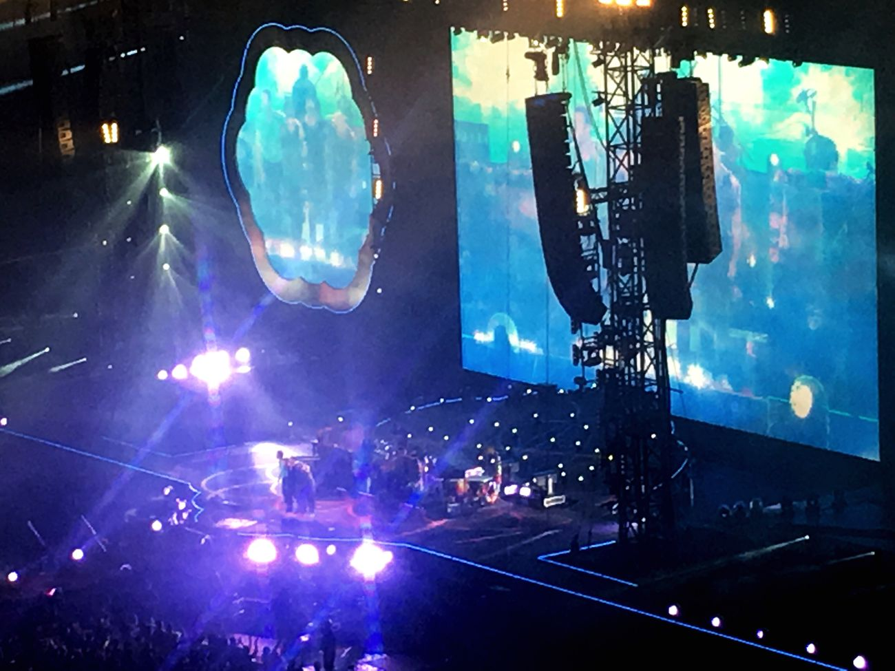 Coldplay AHFODtour Coldplay Concert  Chris Martin Guyberryman  Jonnybuckland Willchampion Tokyo Love Music Live Music Show Wonderful Thank You!