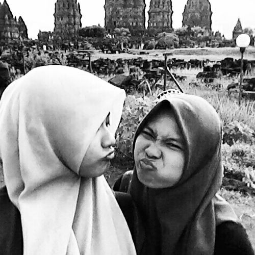 RePicture Giving last prambanan with my best friend! Relaxing