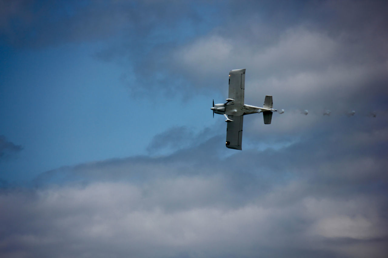 Captured from Bray Airshow Aerobatics Air Aircraft Airshow Beauty In Nature Clouds Clouds And Sky Cloudy Colors Colour Of Life Display Flight Flying High Section Ireland Jet Moving Nature Overcast Show Sky Sky And Clouds Tranquility Weather What's On The Roll