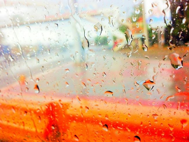 Contrast Colorful Open Edit EyeEm Best Edits EyeEm Gallery EyeEm Best Shots From My Point Of View Check This Out Taking Photo Outdoors Exterior Eyem Gallery Street Photography The Places I've Been Today Rainy Day The View From My Window Rain Drops Rain Reflection Mein Automoment Looking Out Of The Window Through The Window The Street Photographer - 2016 EyeEm Awards