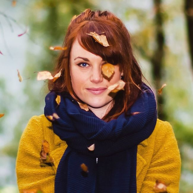 Autumn -Lady / Pirates edition - from my Autumn Sessions series. 50 mm f1,2 - cropped/low res version on EE. More of this series on IG and FB TakeoverContrast Outdoor Photography Autumn AutumnSessions Autumn Leaves Outdoors Nature Looking At Camera Portrait EyeEm Nature Lover Person Herbst Autumn Colors