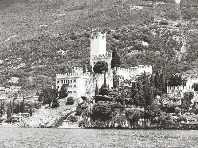 Castello Scaligero Malcesine Italy Tim Bailie Phone Photography The Architect - 2016 EyeEm Awards Castle Check This Out Malcesine Castle Malcesine Italy Italia Lake Garda