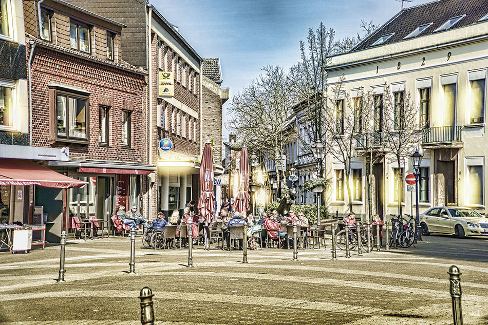 Willich-Markplatz Architecture City City Life City Street Day Incidental People Large Group Of People Market Marktplatz Ort Outdoors Place Sky Sonnentag Street Willich