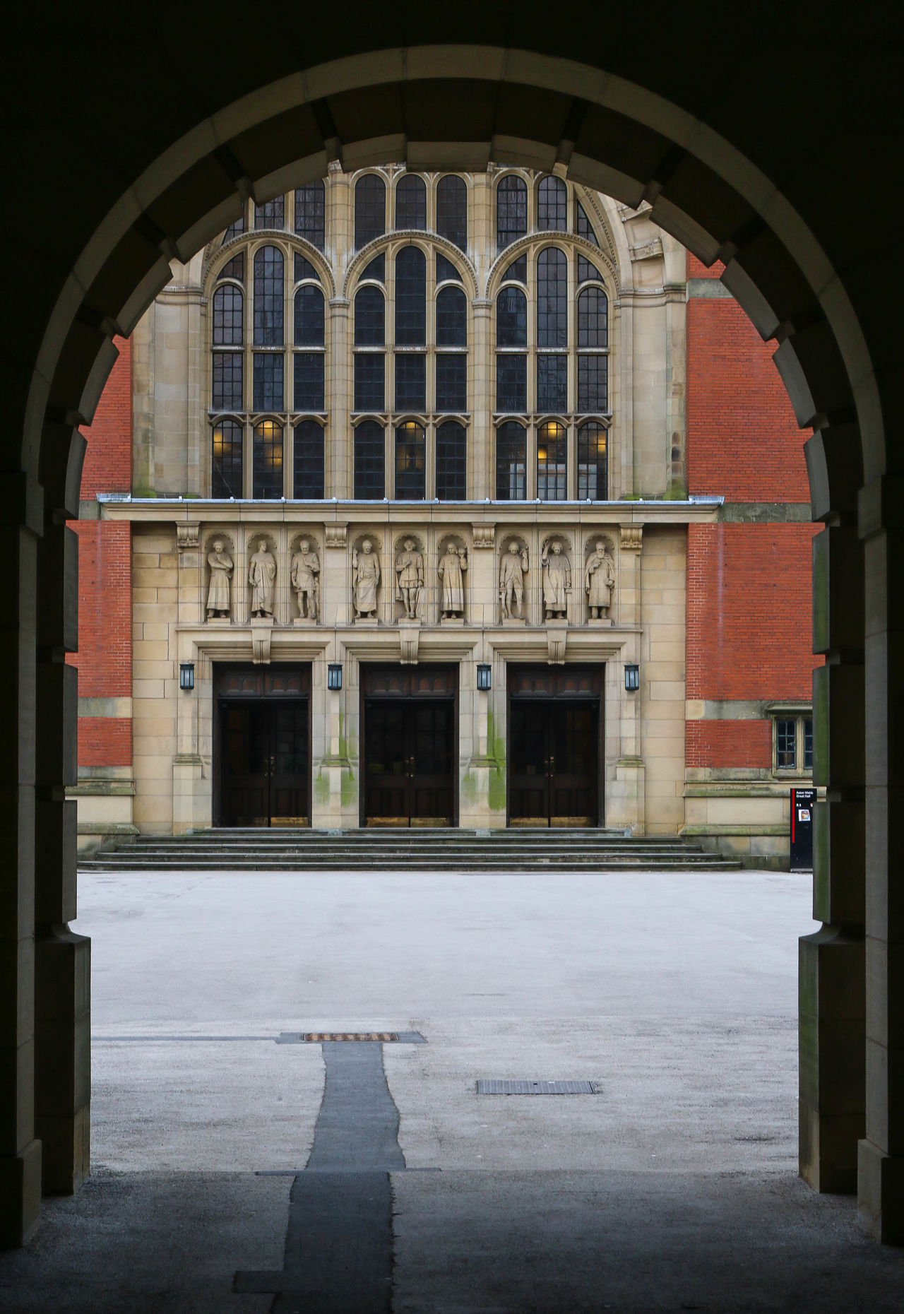 Architecture Architecture Birmingham University  Building Building Exterior Built Structure Exterior Façade Frame It Frame It! Great Hall Outdoors Redbrick Traditional Urban Urban Geometry