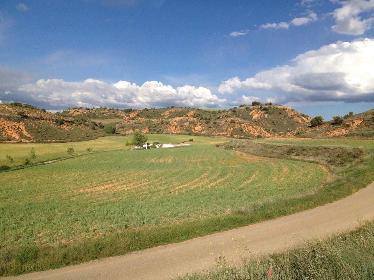 Cementerio en el paraíso. Moranchel, La Alcarria, Spain Viaje A La Alcarria