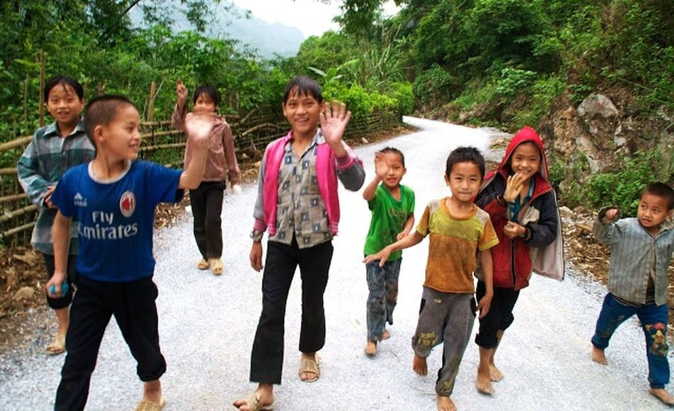 Travel Photography Vietnam City Life Kids Rencontre Meeting Friends Happiness Is.... Life