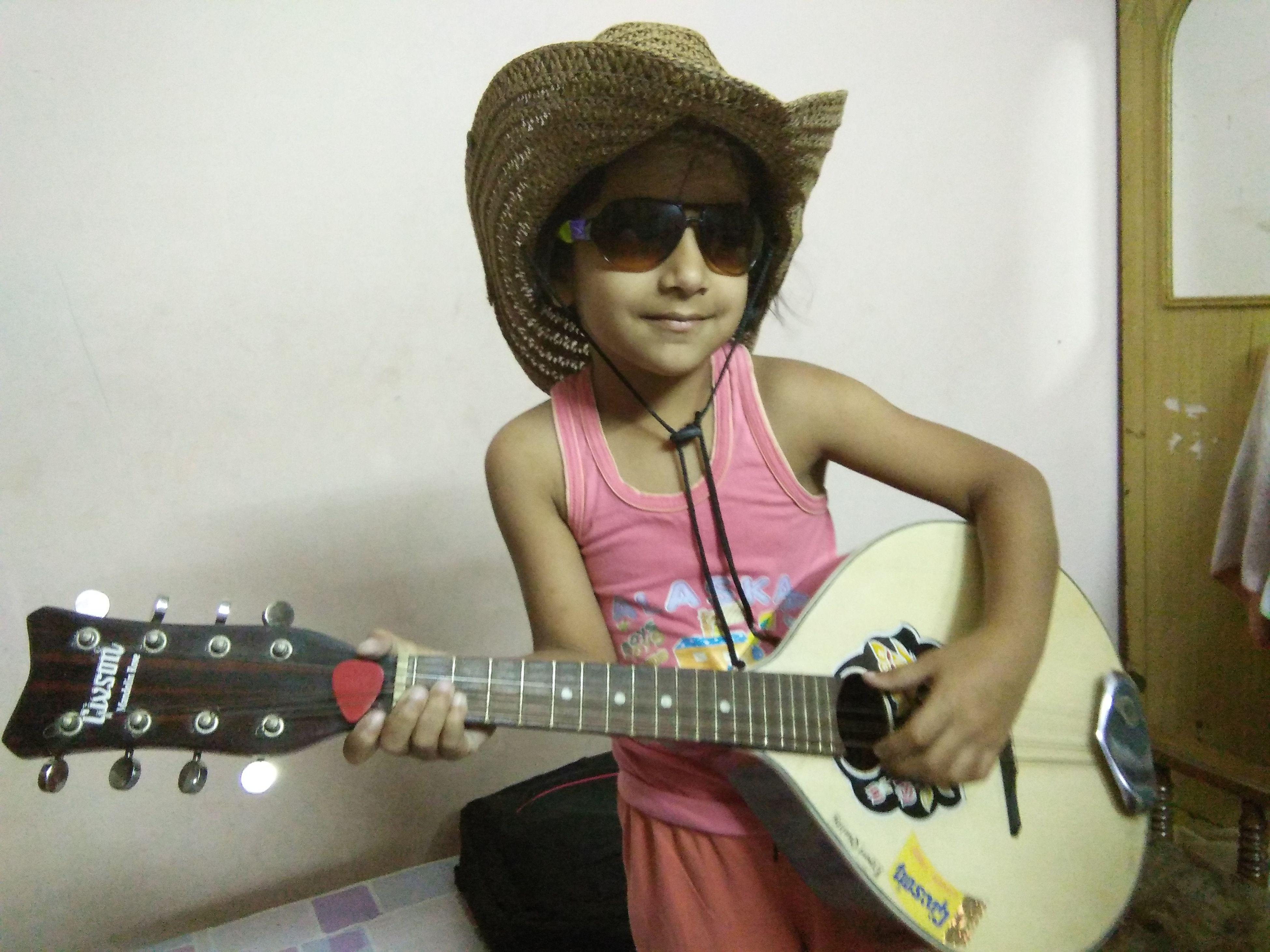 Mandilin Girl