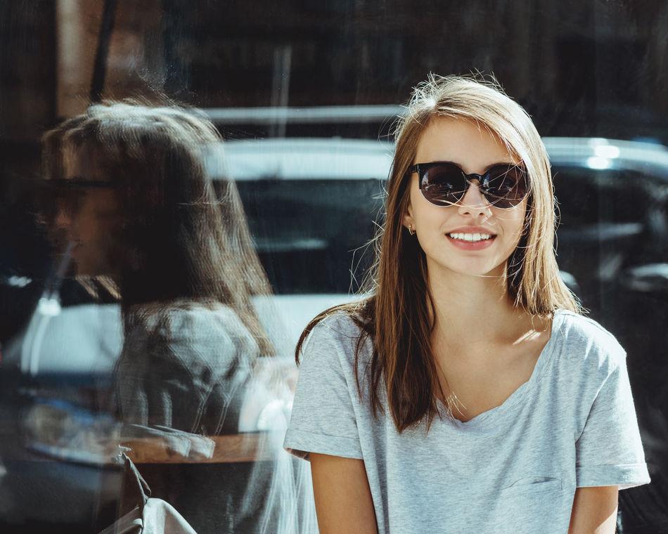 Beautiful stock photos of lächeln, 16-17 Years, Serene People, Teenage Girls, beautiful People