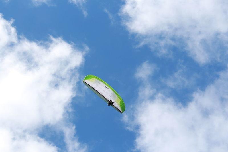 Canarias Canary Islands Hobbies Holiday Lifestyles Parachute Parapente Parasailing Puerto De La Cruz Sky Sport In The City