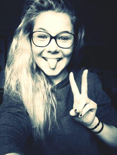 Happy ? That's Me