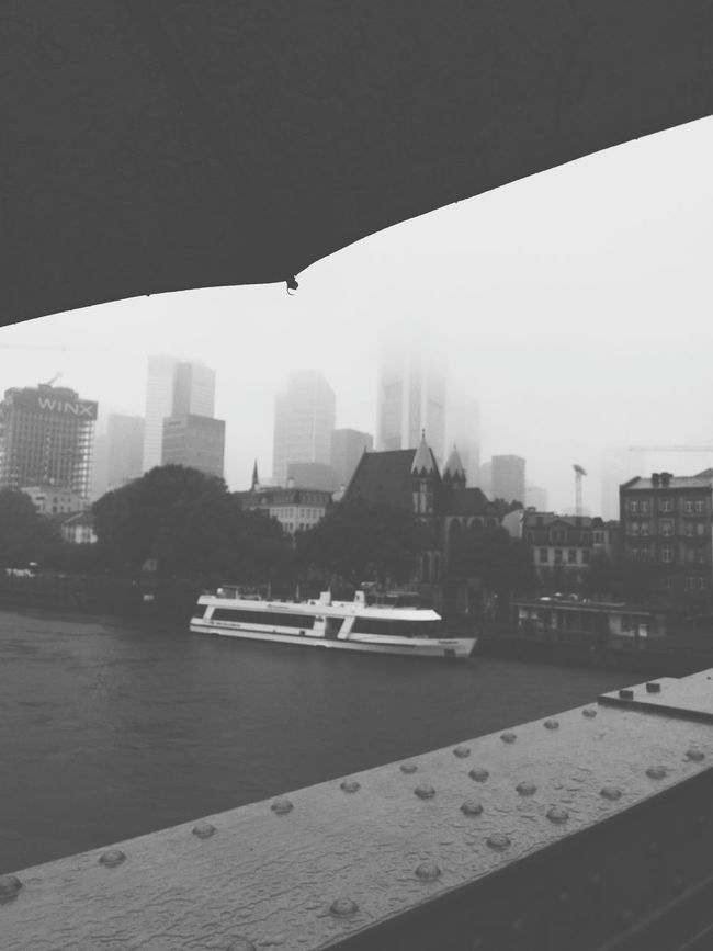 City Cityscape Frankfurt Am Main Foggy Raindrops Skyline Skyline Frankfurt Autumn Umbrella Eiserner Steg Main River