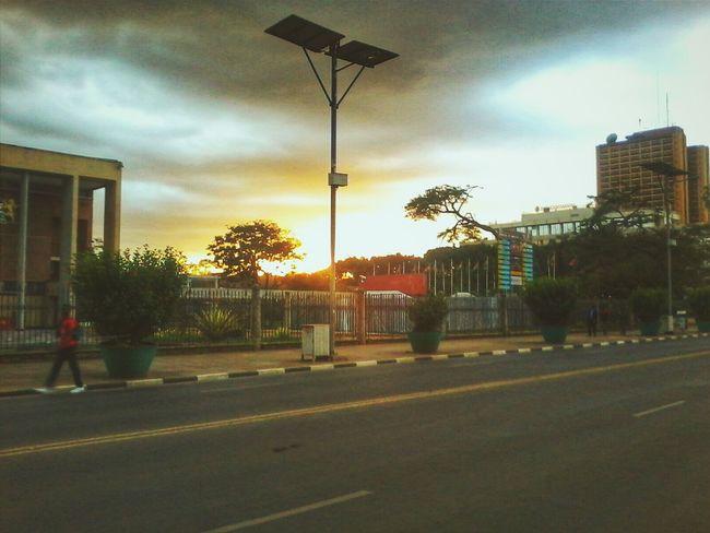City of Nairobi as the sun says good bye. Sunset Lovers DailyLifeOfStrangers VSCO NEM VSCO Submissions
