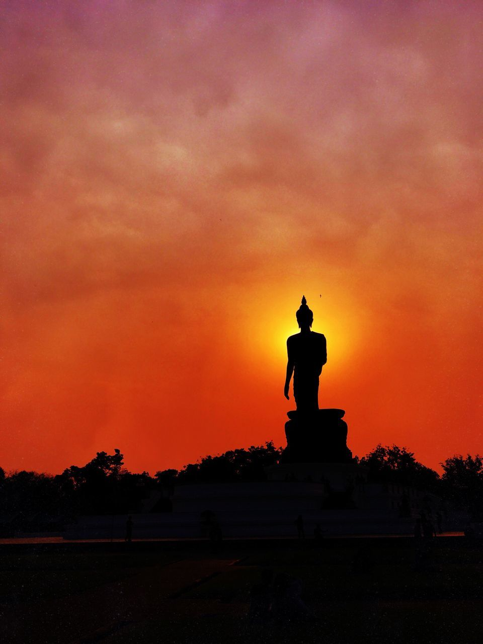 sunset, human representation, statue, male likeness, sculpture, orange color, silhouette, sky, cloud - sky, art and craft, nature, beauty in nature, travel destinations, outdoors, scenics, no people, tree, architecture, day