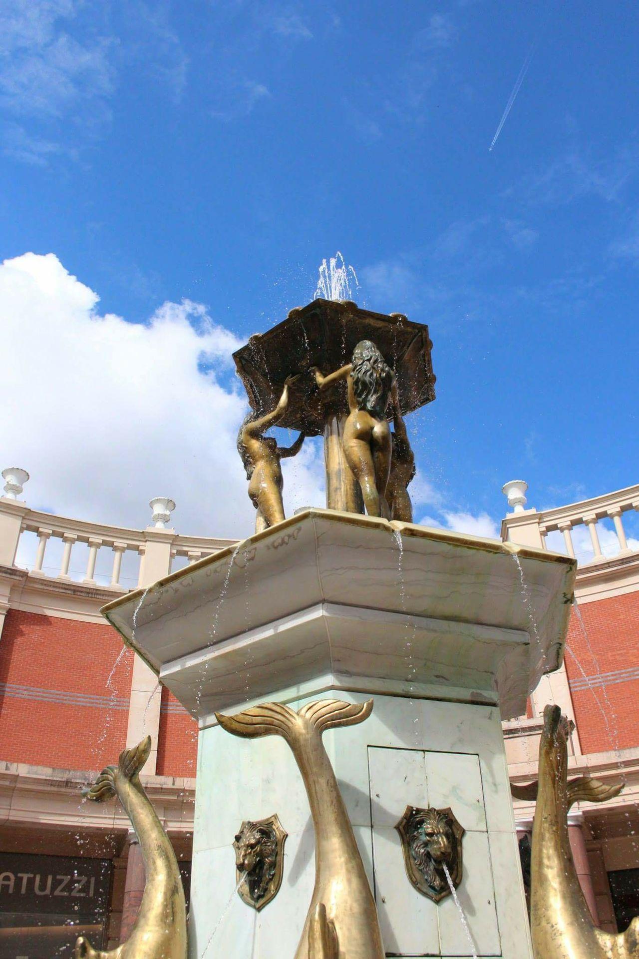 Fountain Fun Statue Architecture