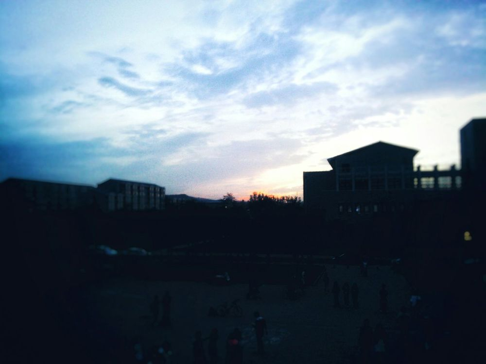 Sunset Outdoors Beauty In Nature Walking Around And Taking Pictures Find Beauty Anywhere You Can Smartphone Photography Original Experiences Colorful Universitylife Many People Few Years Ago Purple Sky Quiet Moments