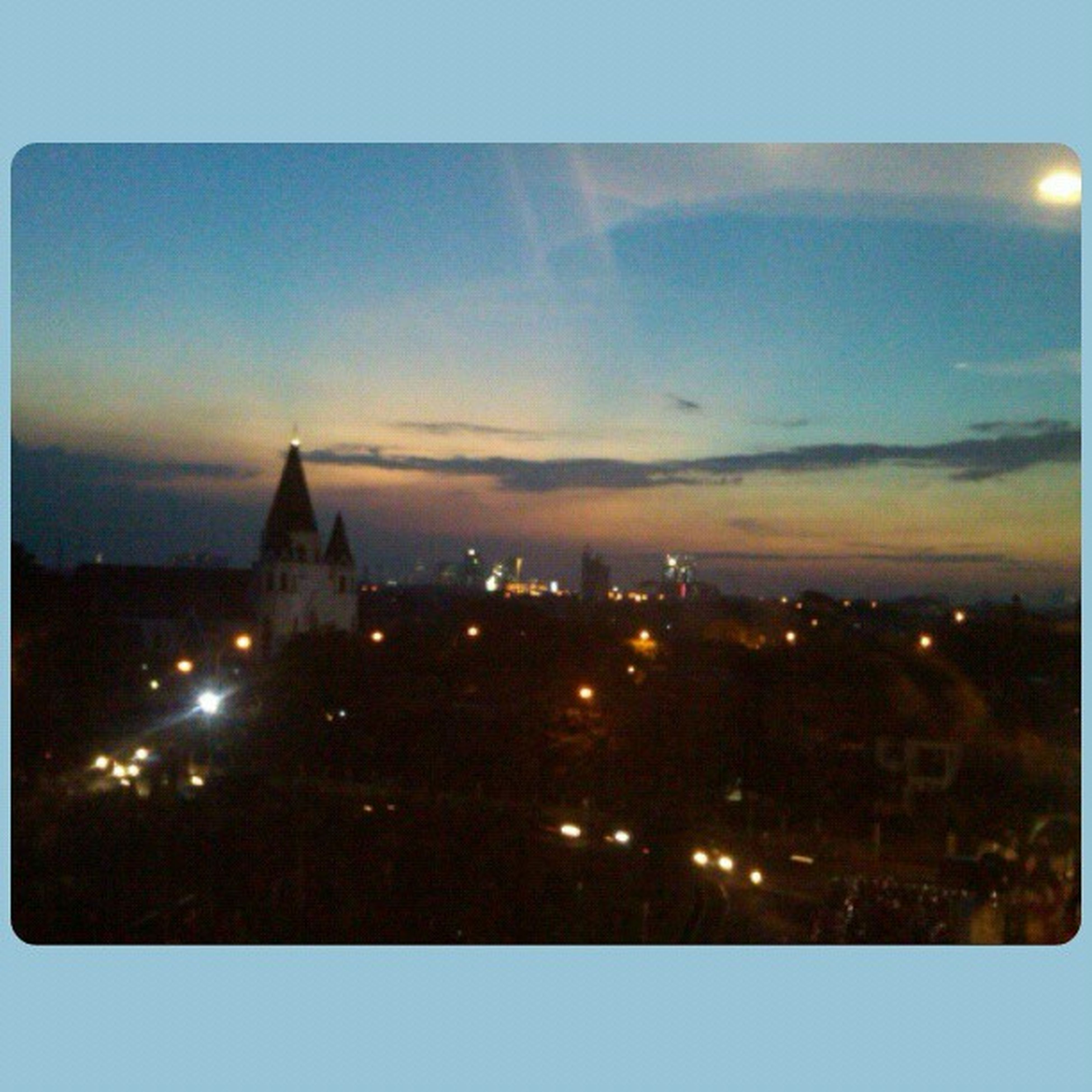 Catching sunset, taken at 3rd floor 18:18 on july 26 Sunset Jakarta Cijantung View venue